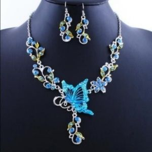 Fashion Butterfly Earring And Necklace Jewelry Set